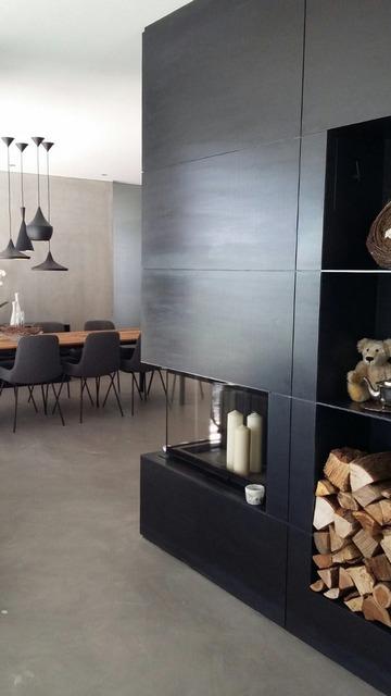Referenzen Gilbert Interiors Janua Freifrau Möbel Einrichtung Tom Dixon XION Kamin Fireplace