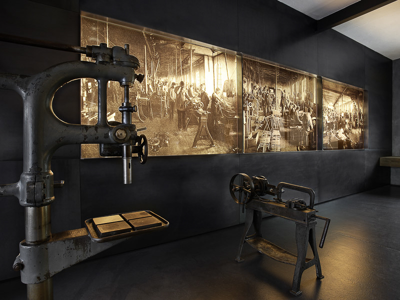 Maybach Museum - Metallarbeiten