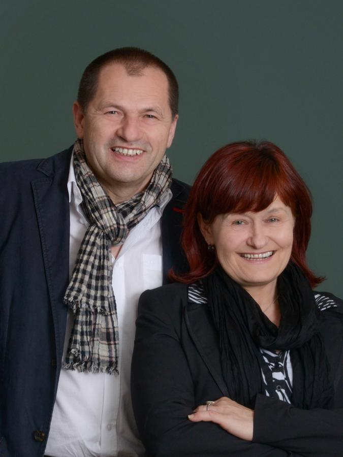 Albert und Ingrid Endres Raumkultur Raumaustattung Akustik Beschattung MHZ silent Gliss Sahco Fischbacher Insektenschutz