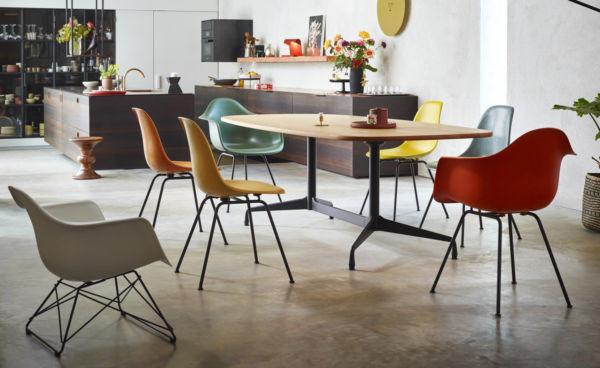 Eames Segmented Chair Eames